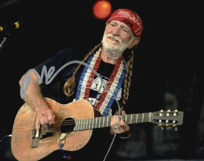Willie Nelson Autograph Photo